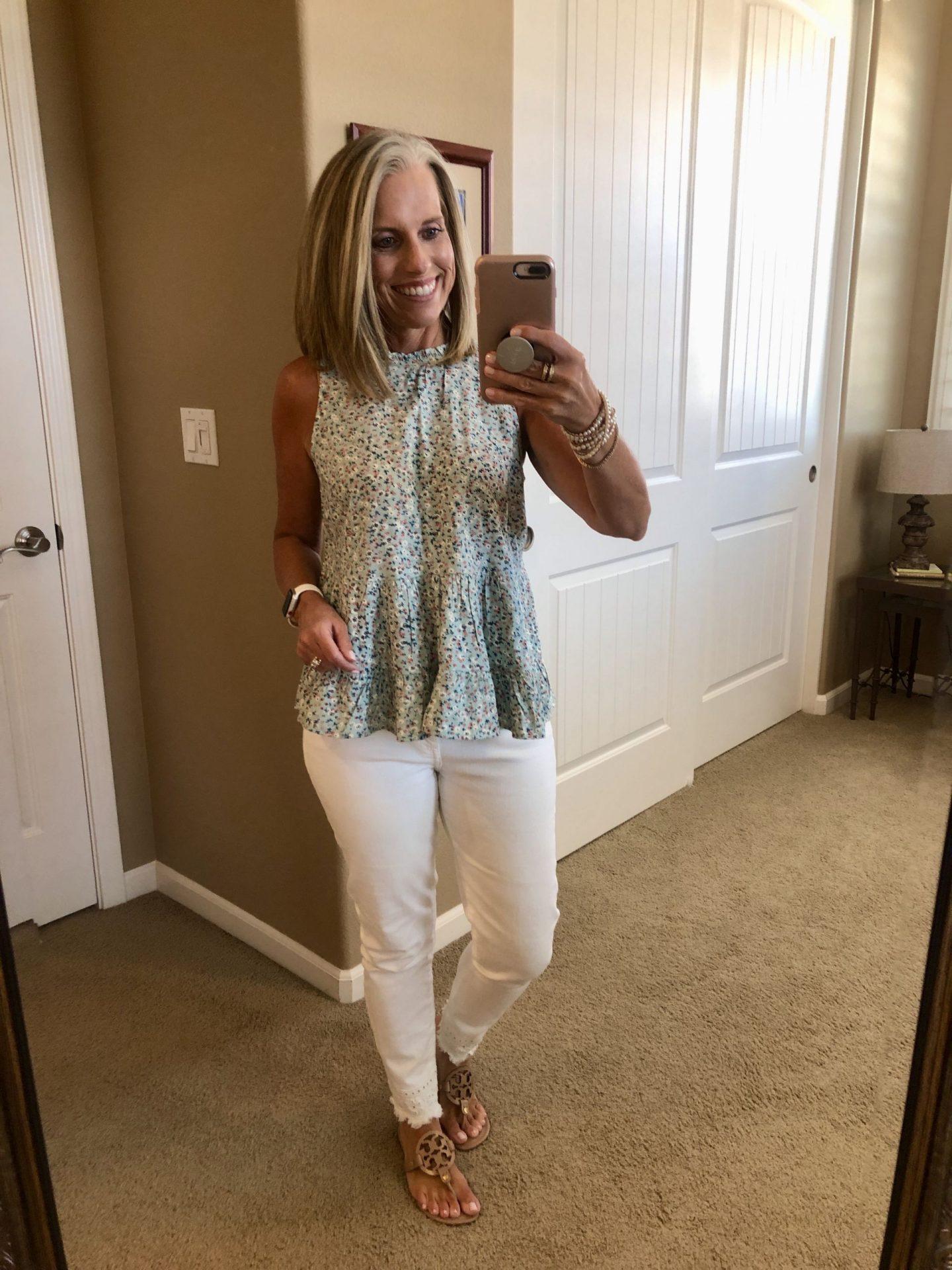Target top & white jeans Coast to Coast