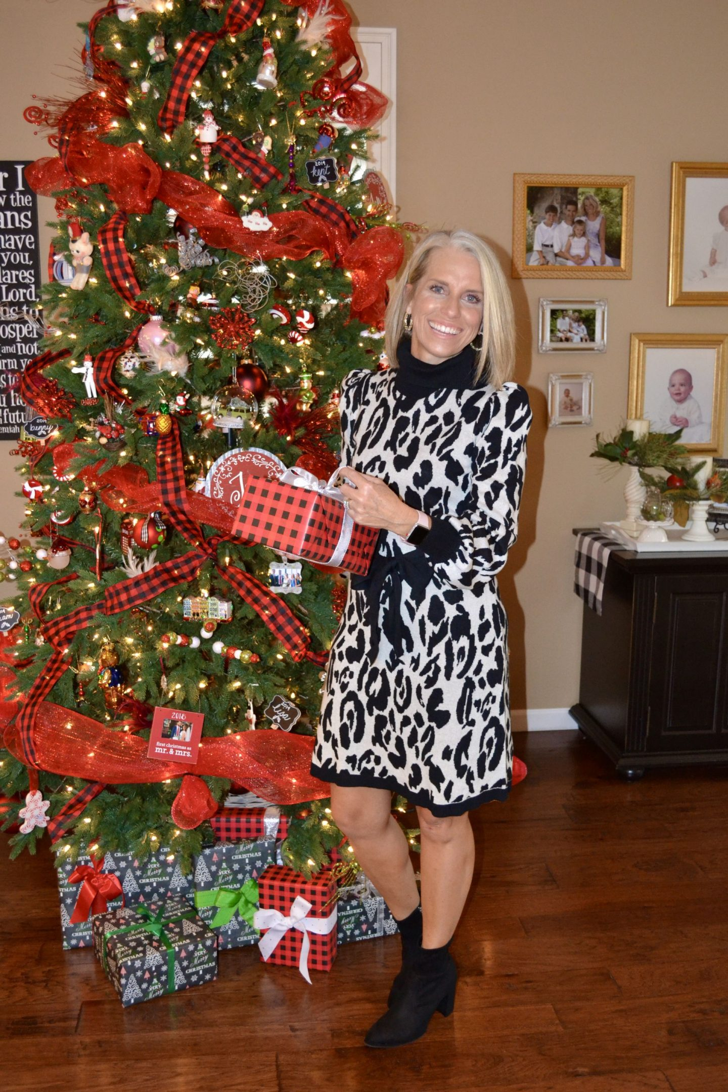 Target leopard Dress, What to wear for the holidays