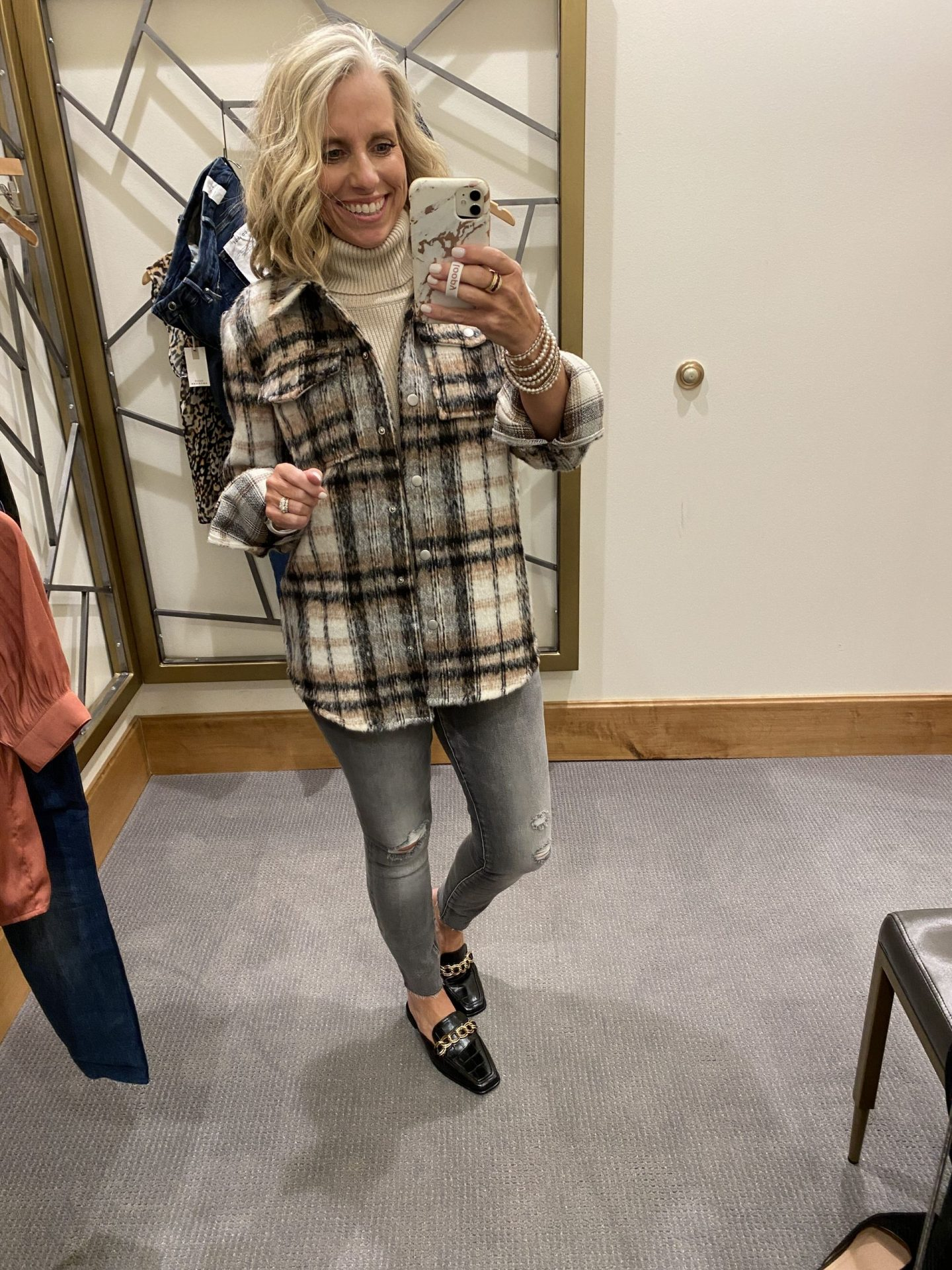 Evereve In-Store Try-On